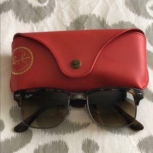 Ray-Ban Square Tortoise sunglasses